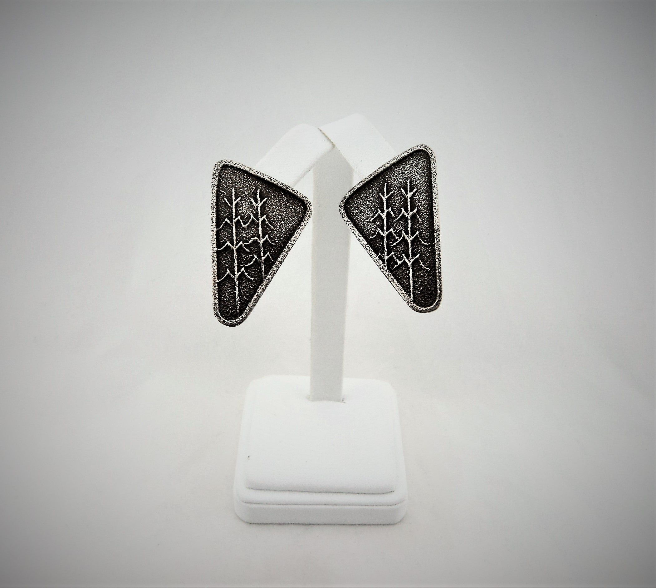 Santo Domingo Corn Stalk Sterling Silver Earrings by Anthony Lovato
