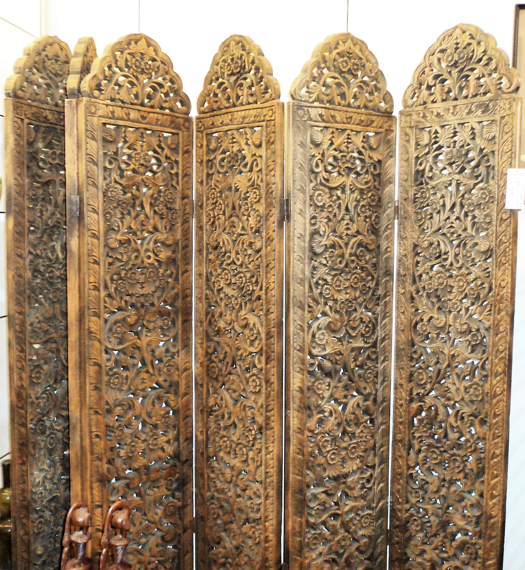 Six-panel Wood Carved Reticulated Screen