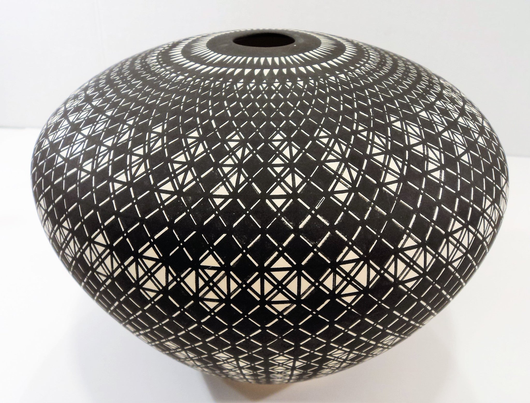 Signed Ceramic Acoma Seed Pot by Greg Victorino