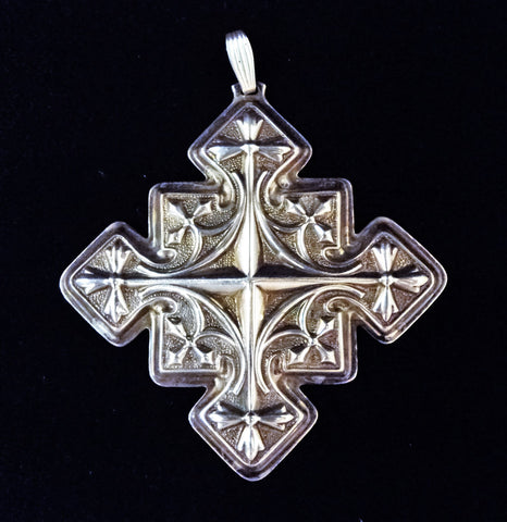 Reed & Barton Sterling Silver 1979 Christmas Cross Ornament
