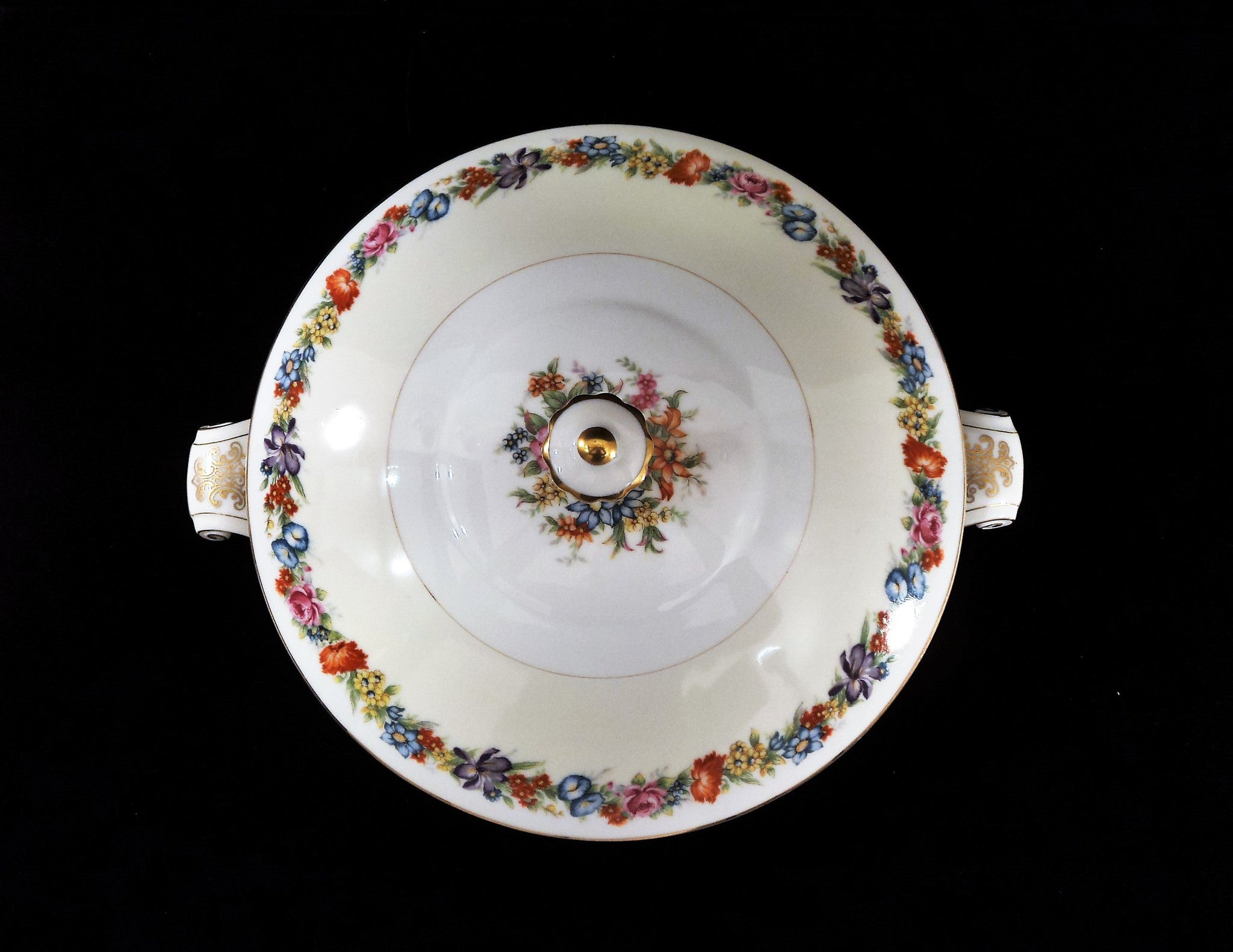 Narumi Porcelain Occupied Japan Covered Tureen