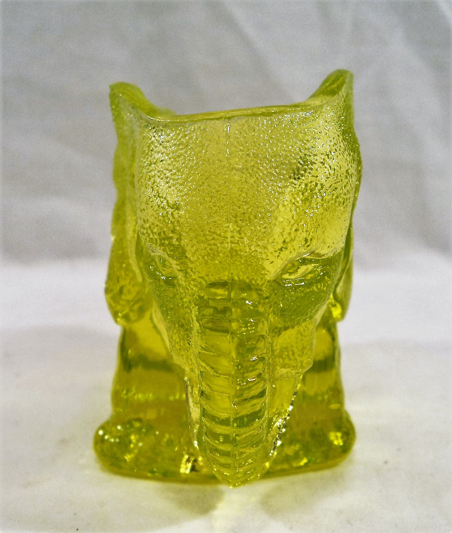 Vintage Uranium/Vaseline Glass elephant Toothpick Holder