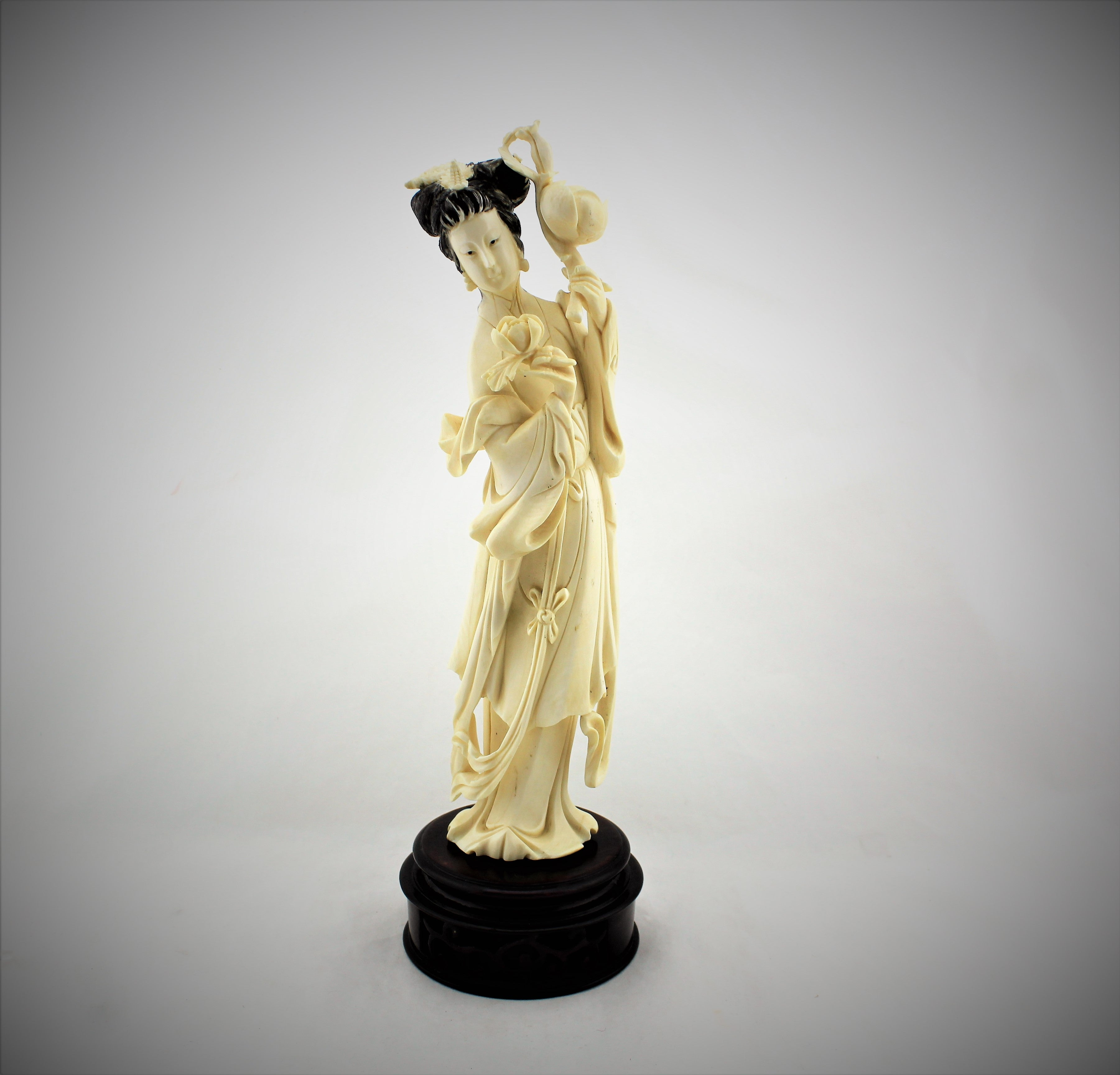Victorian Era Chinese Court Lady Sculpture