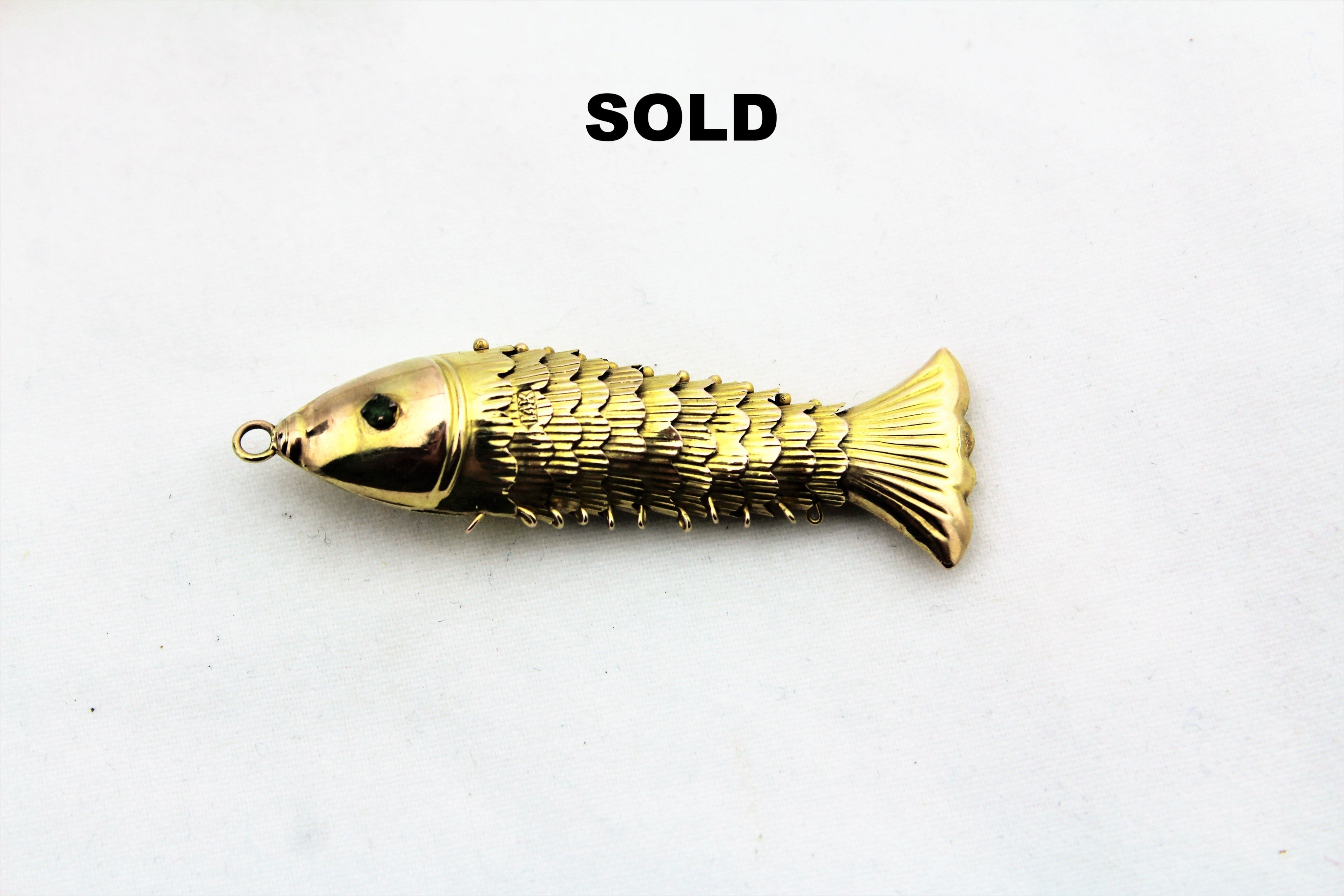 14K Yellow Gold Articulated Fish Pendant