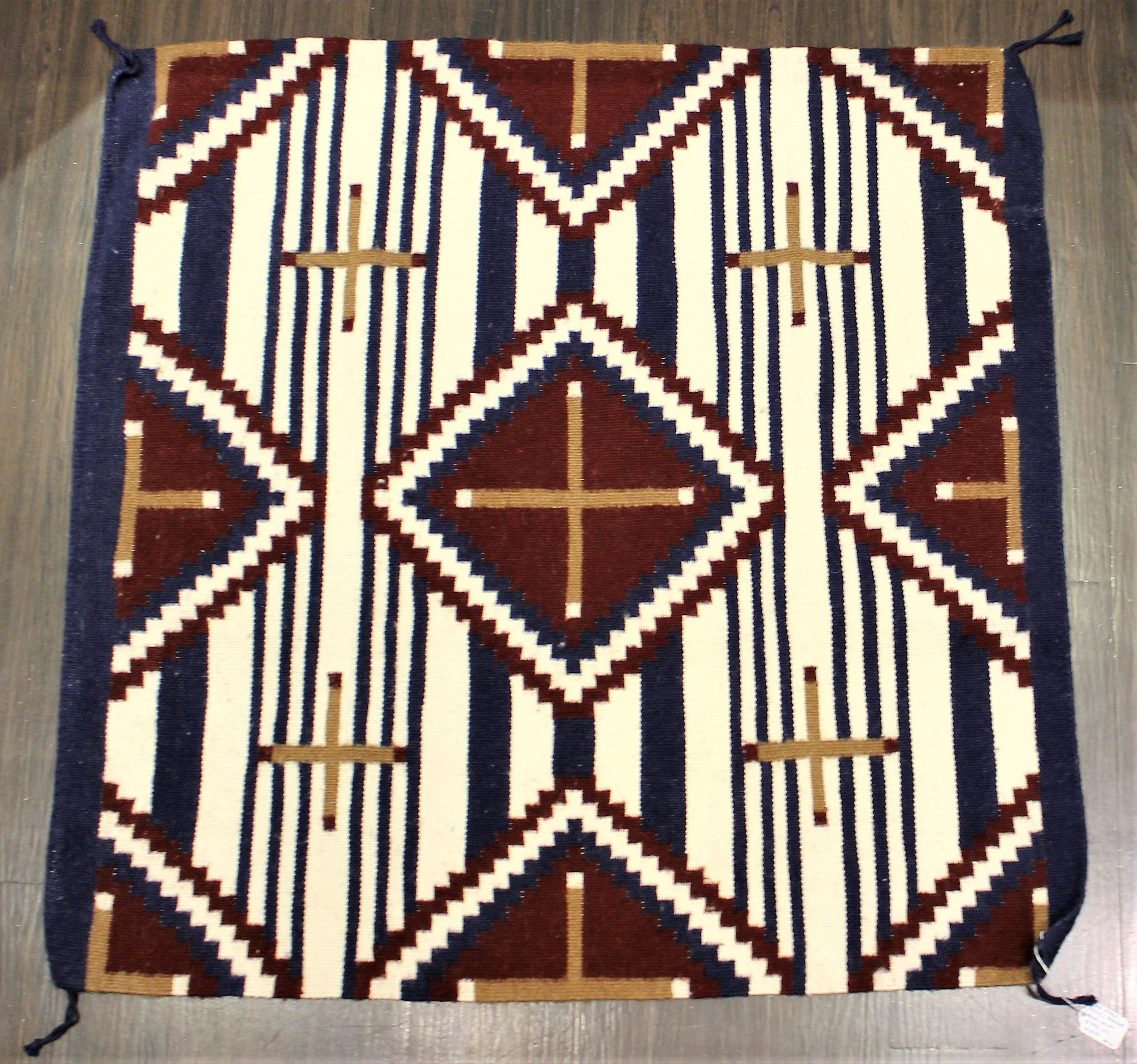 Third Phase Chiefs Pattern Navajo Rug