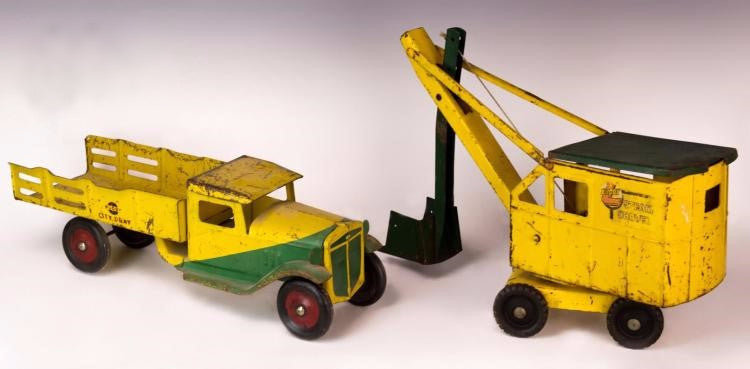 1920s Buddy L Tractor Steam Shovel Metal Toy