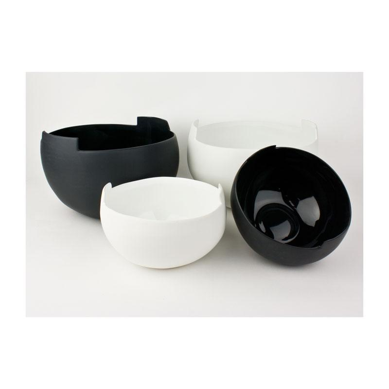 Jennifer Dumet Black Handle Bowl | Koop.co.nz