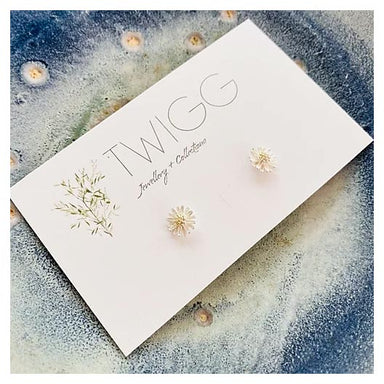 Twigg Oh Daisy Silver Stud Earrings | Koop.co.nz