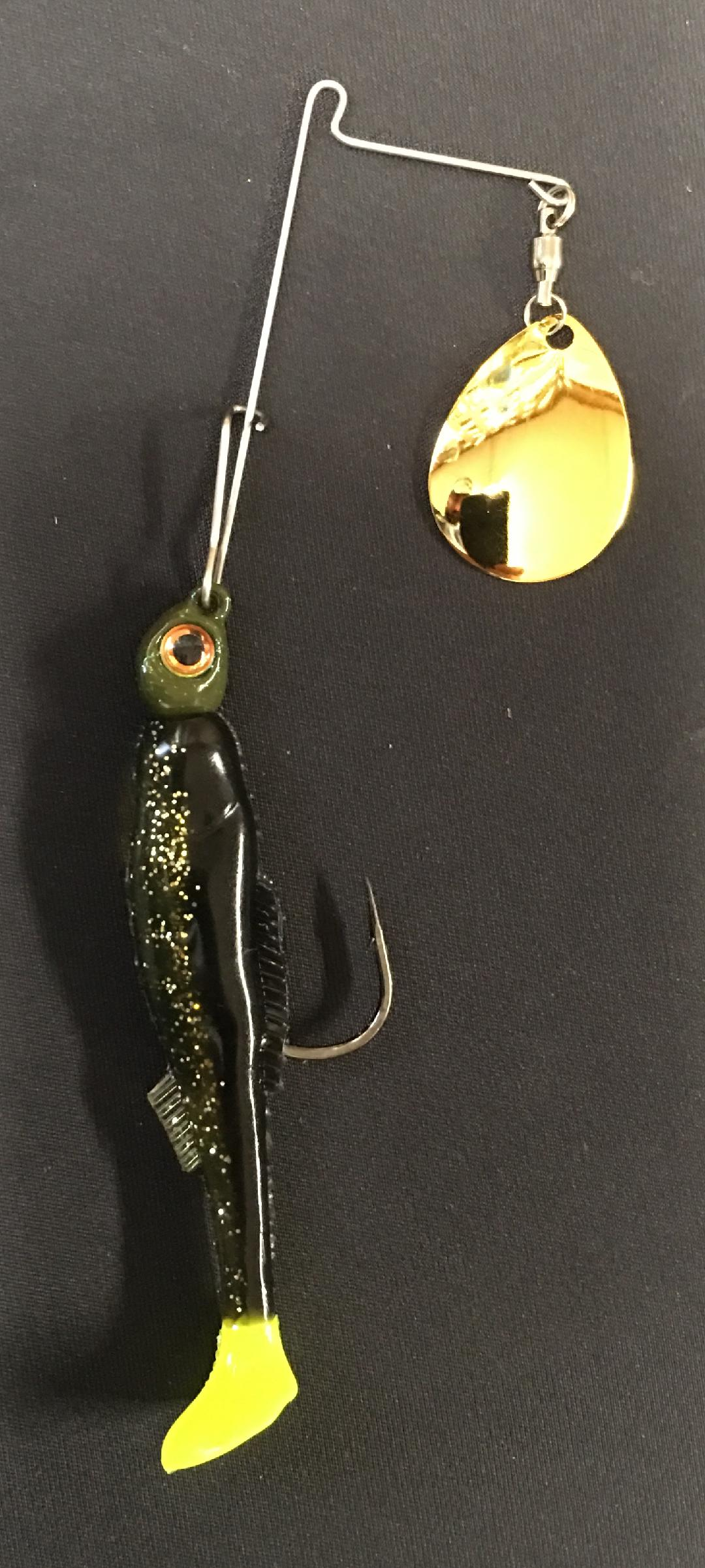 1/4 oz Rootbeer chartreuse tail - Kajun Boss Outdoors