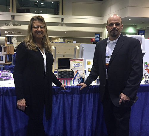 Kitty Connection Mouse Pounce Wins Best New Cat Product at GPE 2015