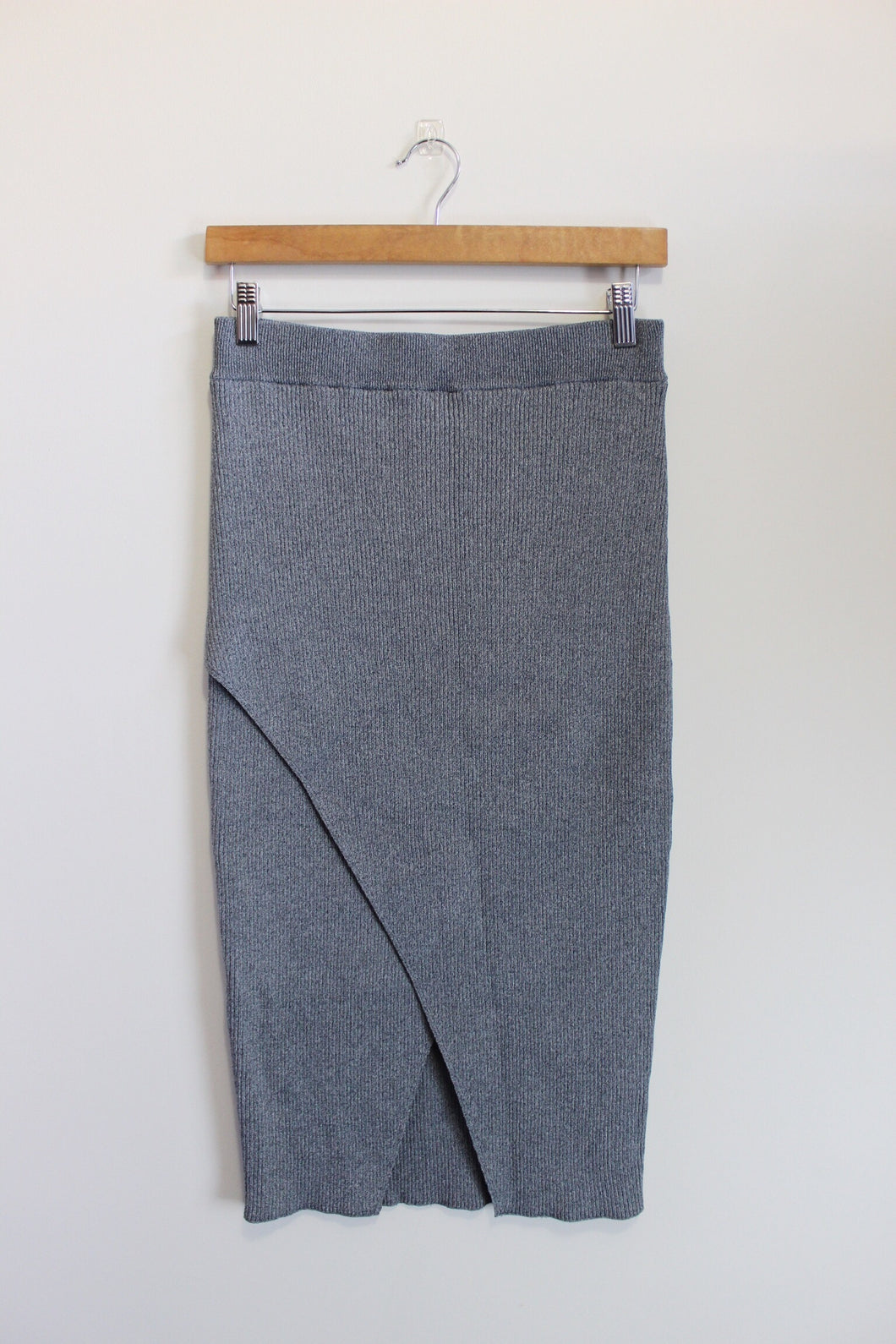 Knit Grey Skirt (Cameo)