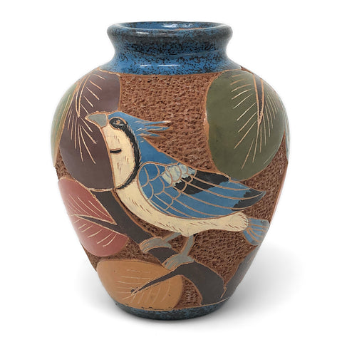 Nicaraguan Pottery 4.5-inch Mini Carved Vase, Blue Jay/Magpie