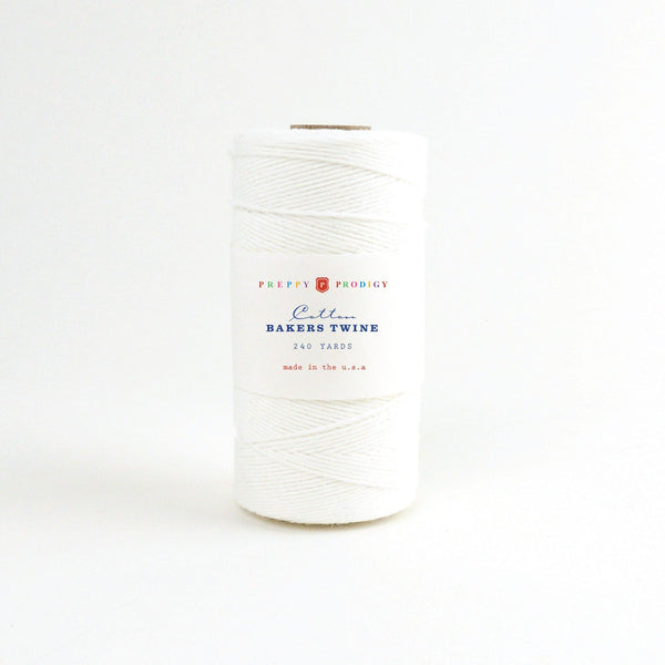 SPOOL OF BAKERS TWINE , WHITE