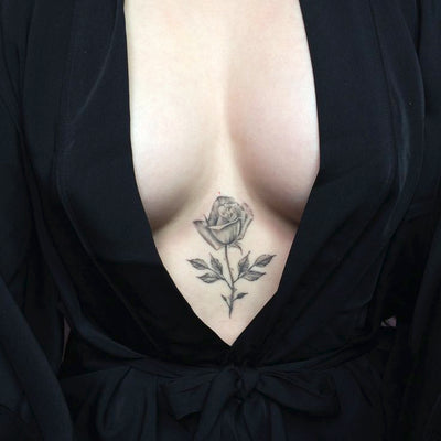 30+ Feminine Sternum Tattoo Ideas for Women
