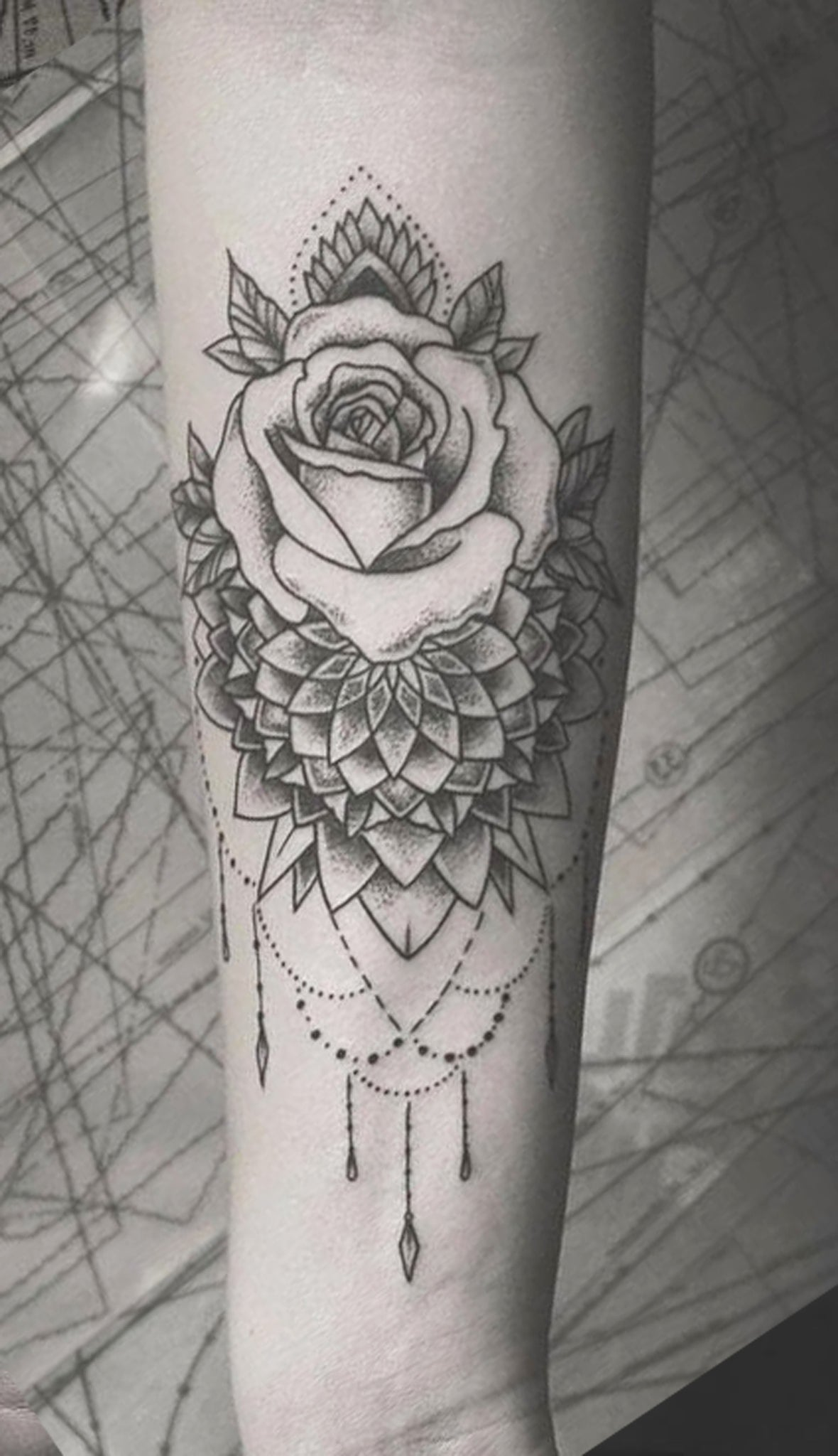 Boho Black Rose Chandelier Forearm Tattoo Ideas for Women - Mandala Lotus Flower Arm Sleeve Tat -  ideas de tatuaje de antebrazo rosa - www.MyBodiArt.com