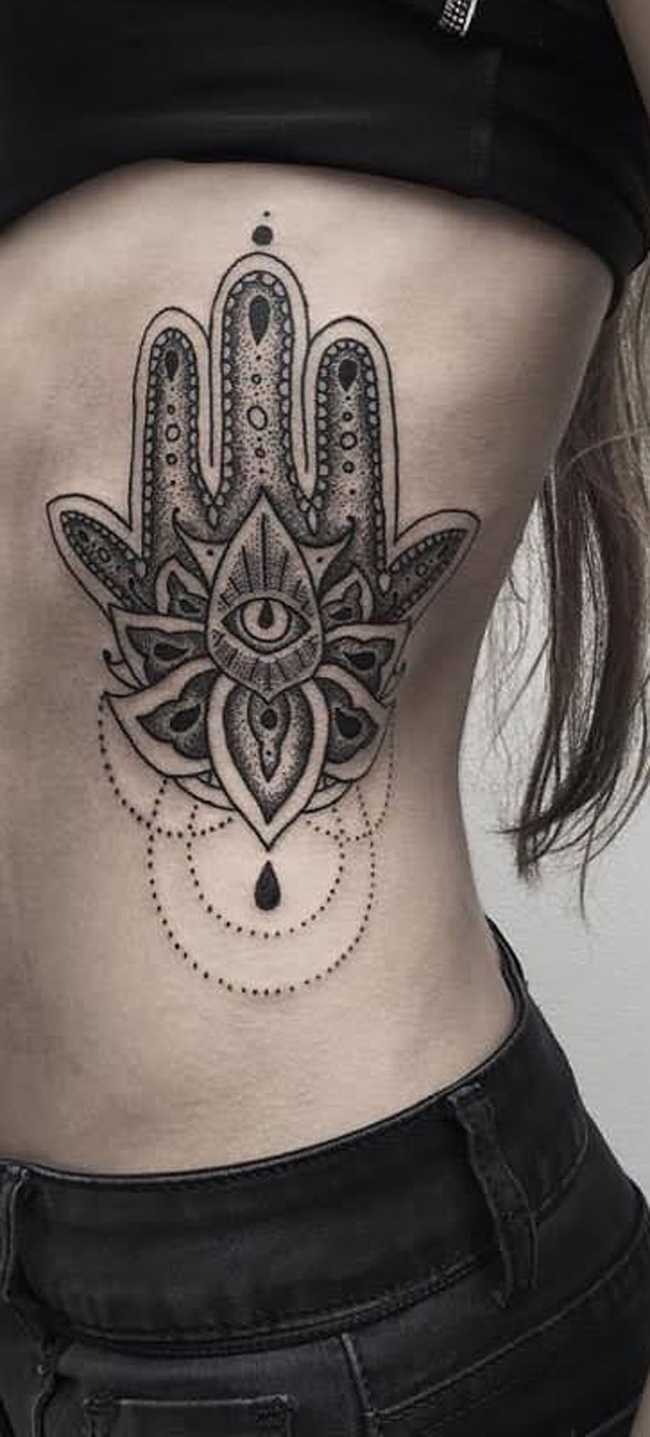 Hamsa Hand Rib Tattoo Ideas for Women - Evil Eve Hand Chandelier Lace Black Side Tatt -  ideas tribales tatuaje mano costilla para mujeres - www.MyBodiArt.com