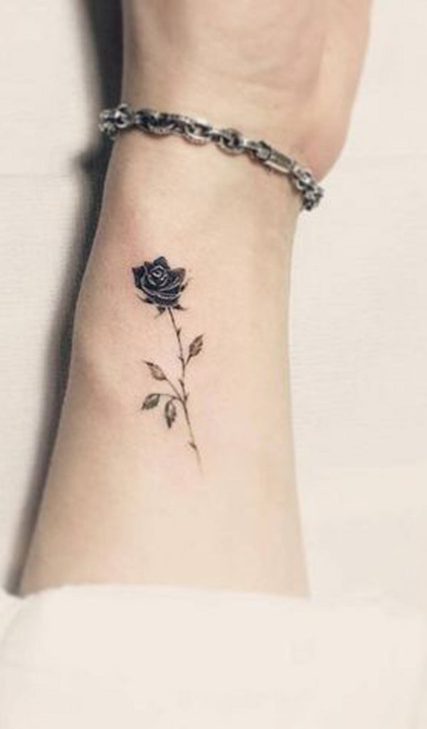 Delicate Single Black Rose Tattoo Ideas for Women -  Ideas de tatuaje de flores para mujeres - www.MyBodiArt.com