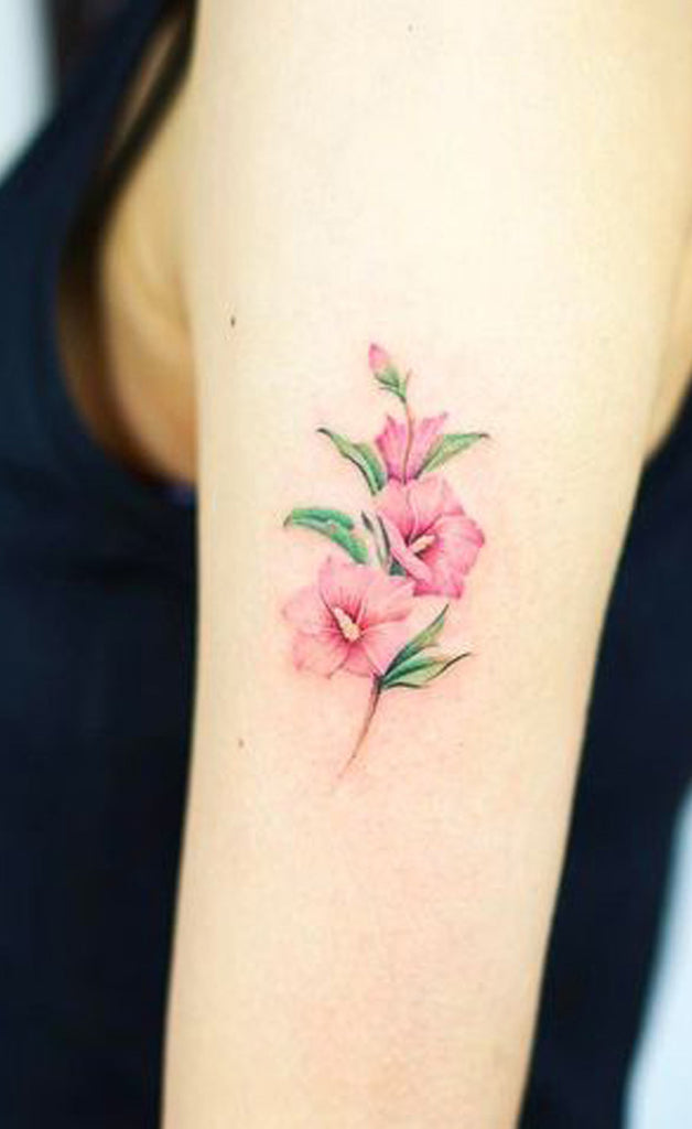 Beautiful Pink Floral Flower Small Arm Tattoo Ideas for Women -  Hermosas flores florales rosadas, pequeñas ideas para tatuajes de brazos para mujeres - www.MyBodiArt.com