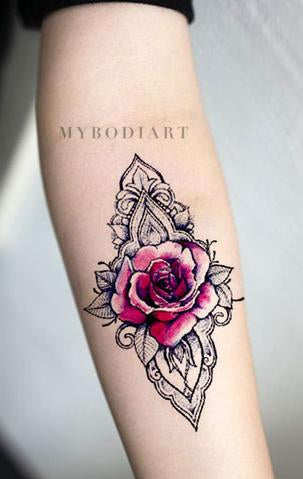 Beautiful Rose Geometric Mandala Forearm Tattoo Ideas for Women - Unique Watercolor Black Linework Floral Flower Arm Tat - ideas hermosas del tatuaje del antebrazo color de rosa para las mujeres - www.MyBodiArt.com #tattoos