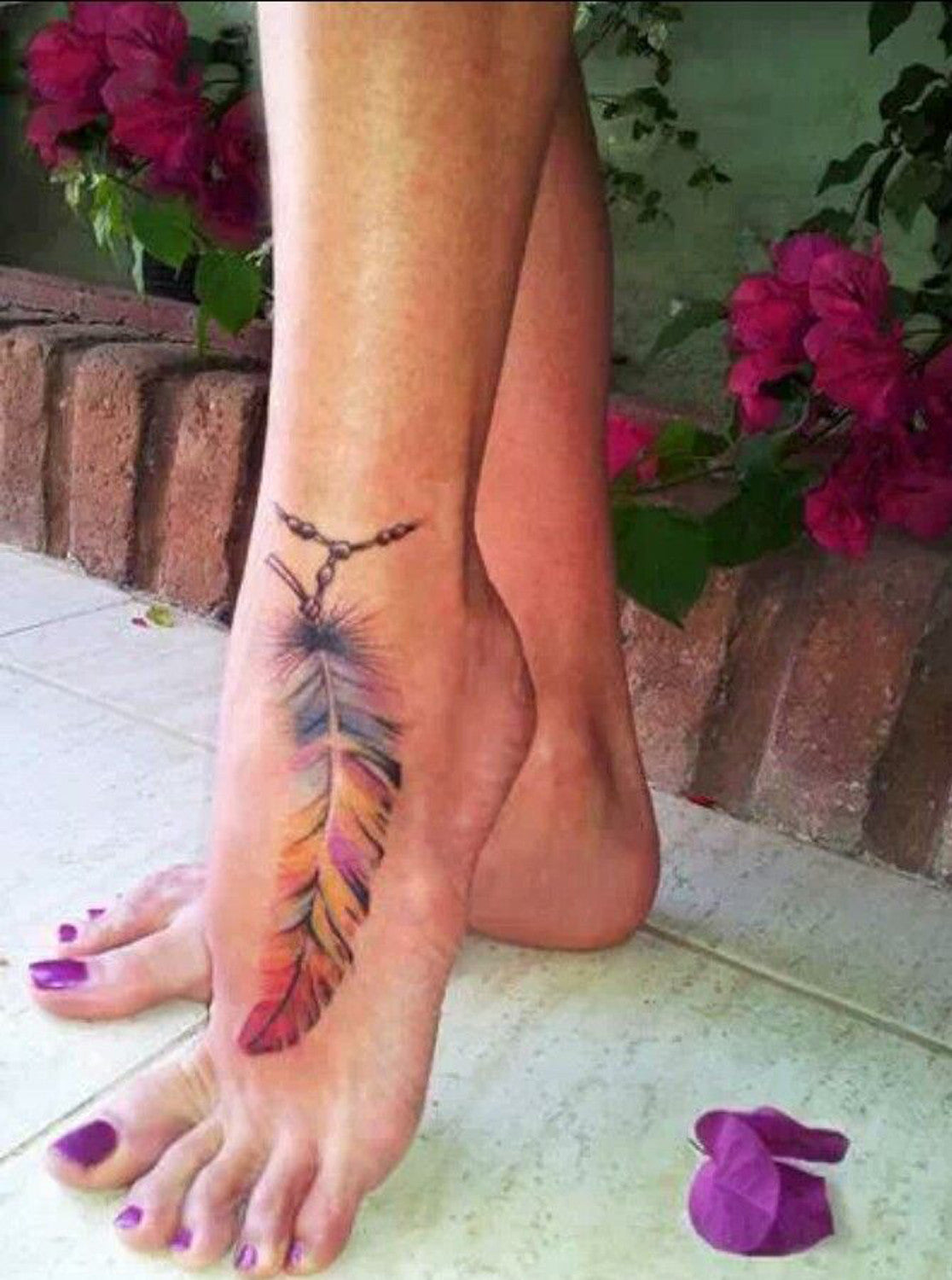 20 Feather Tattoo Ideas For Women Mybodiart