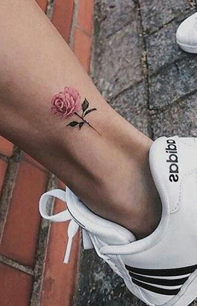 30 Simple And Small Flower Tattoos Ideas For Women Mybodiart