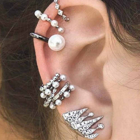 Classy Ear Piercing Ideas for Women - Pearl Fancy Ear Cuff Earrings Cartilage Helix Conch Earlobe - Fashion Statement Jewelry -  joyería de ideas de perforación de oreja elegante - www.MyBodiArt.com