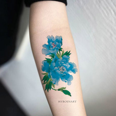 Realistic Watercolor Blue Floral Flower Forearm Temporary Tattoo Ideas for Women -  Ideas de tatuajes con hermosas flores florales azules para mujeres - www.MyBodiArt.com