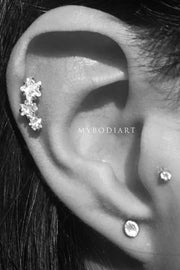 Cute Triple Star 3 Crystal Cartilage Helix Multiple Ear Piercing Ideas for Women -  Linda estrella cartílago oreja piercing ideas - www.MyBodiArt.com