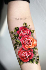 Vintage Watercolor Realistic Rose Forearm Tattoo ideas for Women -  Ideas de tatuaje de antebrazo rosa vintage para mujeres - www.MyBodiArt.com