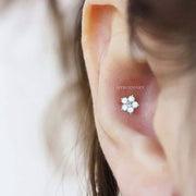 Cute Simple Opal Flower Conch Ear Piercing Jewelry Ideas for Women -  idées de bijoux piercing oreille - www.MyBodiArt.com #earrrings