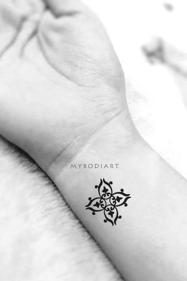 Small Black Tribal Cross Wrist Tattoo Ideas for Women -  Ideas de tatuaje de muñeca pequeña cruz para mujeres - www.MyBodiArt.com
