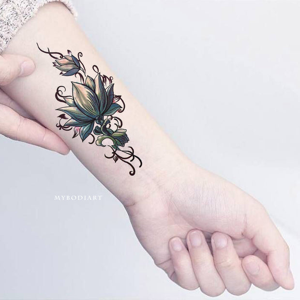 Lotus Wrist Arm Tattoo Ideas for Woman Tribal Boho Floral Flower Side Tat -  tatuaje de antebrazo de loto - www.MyBodiArt.com