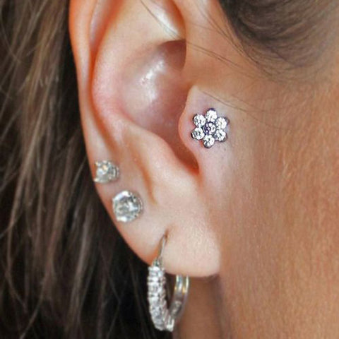 Cute Crystal Flower Tragus Ear Piercing Ideas for Women -  lindas ideas para perforar orejas - www.MyBodiArt.com