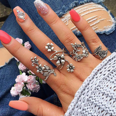 Unique Cute Flower Ring Set for Teens Artistic Floral Midi Knuckle Stackable Fashion Rings in Antiqued Silver - www.MyBodiArt.com #rings