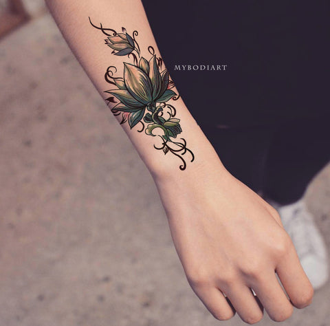 Jung Lotus Flower Temporary Tattoo