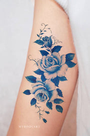 Vintage Watercolor Blue Arm Temporary Tattoo Ideas for Women -  Ideas de tatuaje de brazo de acuarela azul para mujeres - www.MyBodiArt.com