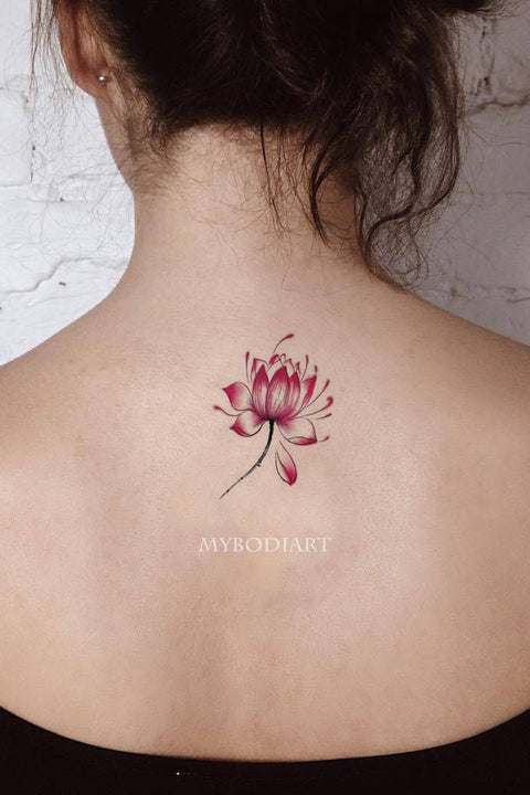 Cute Watercolor Lotus Small Floral Flower Back Tattoo Ideas for Women -  Ideas del tatuaje del hombro de la flor para las mujeres - www.MyBodiArt.com