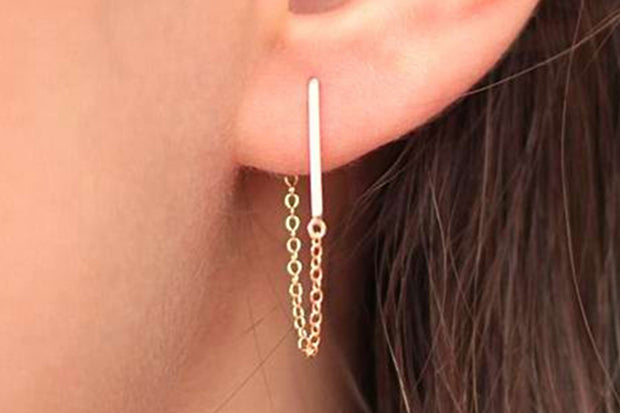 Subtle Chic Ear Piercing Ideas for Women - Chain and Minimal Bar Ear Jacket Drop Earring - www.MyBodiArt.com #earrings