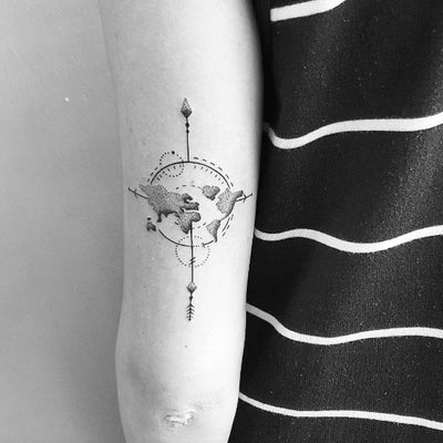 Minimal Compass Arrow Arm Tattoo Ideas for Women - Black & White Simple Map Bicep Tat - www.MyBodiArt.com #tattoo