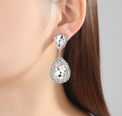 Classy Ear Piercing Ideas for Graduation - Sparkly Crystal Teardrop Dangle Earrings for Formal Prom for Homecoming - brillantes pendientes de fiesta de graduación -  www.MyBodiArt.com #earrrings #prom