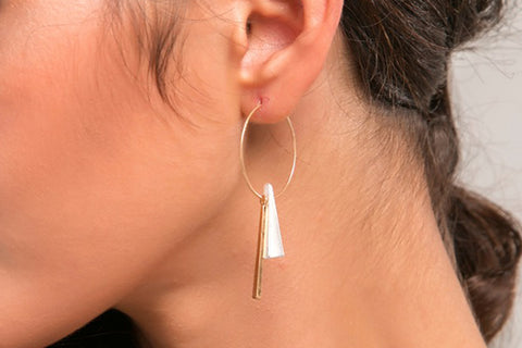 Popular Modern Ear Piercing Ideas Abstract Artistic Asymmetrical Jewelry Boho Ethnic - Wired Metal Hoop Earrings with Triangle Beads - ideas artísticas boho perforación del oído -  www.MyBodiArt.com