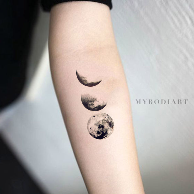 Black Cool Moon Phases Forearm Tattoo Ideas for Women - cool moon tattoo ideas for women - Ideas de tatuaje de luna fresca para mujeres - www.MyBodiArt.com