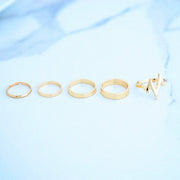 Cute Stackable Midi Gold Ring Set Heartbeat Electric -  Lindo anillo de oro Midi apilable Set Heartbeat eléctrico www.MyBodiArt.com