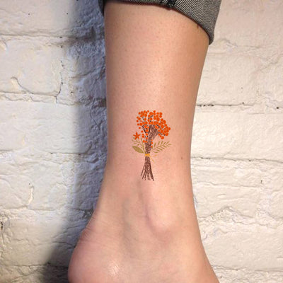 Small Watercolor Vintage Flower Ankle Tattoo Ideas for Women - Traditional Orange Autumn Fall Floral Bouquet Foot Tat - ideas pequeñas del tatuaje del tobillo del ramo de la flor de la vendimia - www.MyBodiArt.com #tattoos