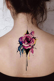 Watercolor Floral Flower Rose Back Tattoo Ideas for Women -  lindas ideas de tatuajes de espalda rosa para mujeres - www.MyBodiArt.com