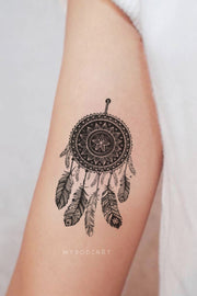 Boho Tribal Black Mandala Dreamcatcher Temporary Tattoo Ideas for Women -  Ideas tribales del tatuaje del brazo para las mujeres - www.MyBodiArt.com