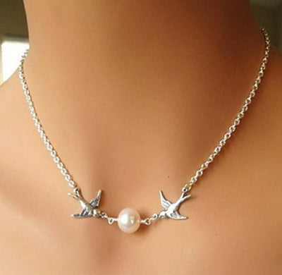 Cute Necklaces for Women - Pearl Bird Sparrow Necklace Simple Jewelry - www.MyBodiArt.com #necklaces