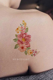 Beautiful Vintage Floral Flower Shoulder Tattoo Ideas for Women -  ideas del tatuaje del hombro de la flor - www.MyBodiArt.com #tattoos