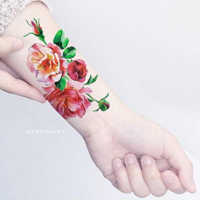 Cute Watercolor Orange Coral Floral Flower Wrist Tattoo Ideas for Women -  Ideas lindas del tatuaje de la muñeca de la flor para las mujeres - www.MyBodiArt.com