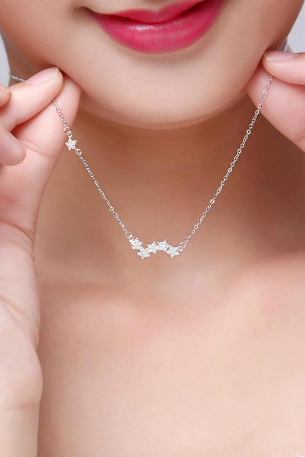 Dainty Crystal Floating Star Silver Choker Necklace Fashion Jewelry for Women -  lindo collar de estrellas en plata - www.MyBodiArt.com